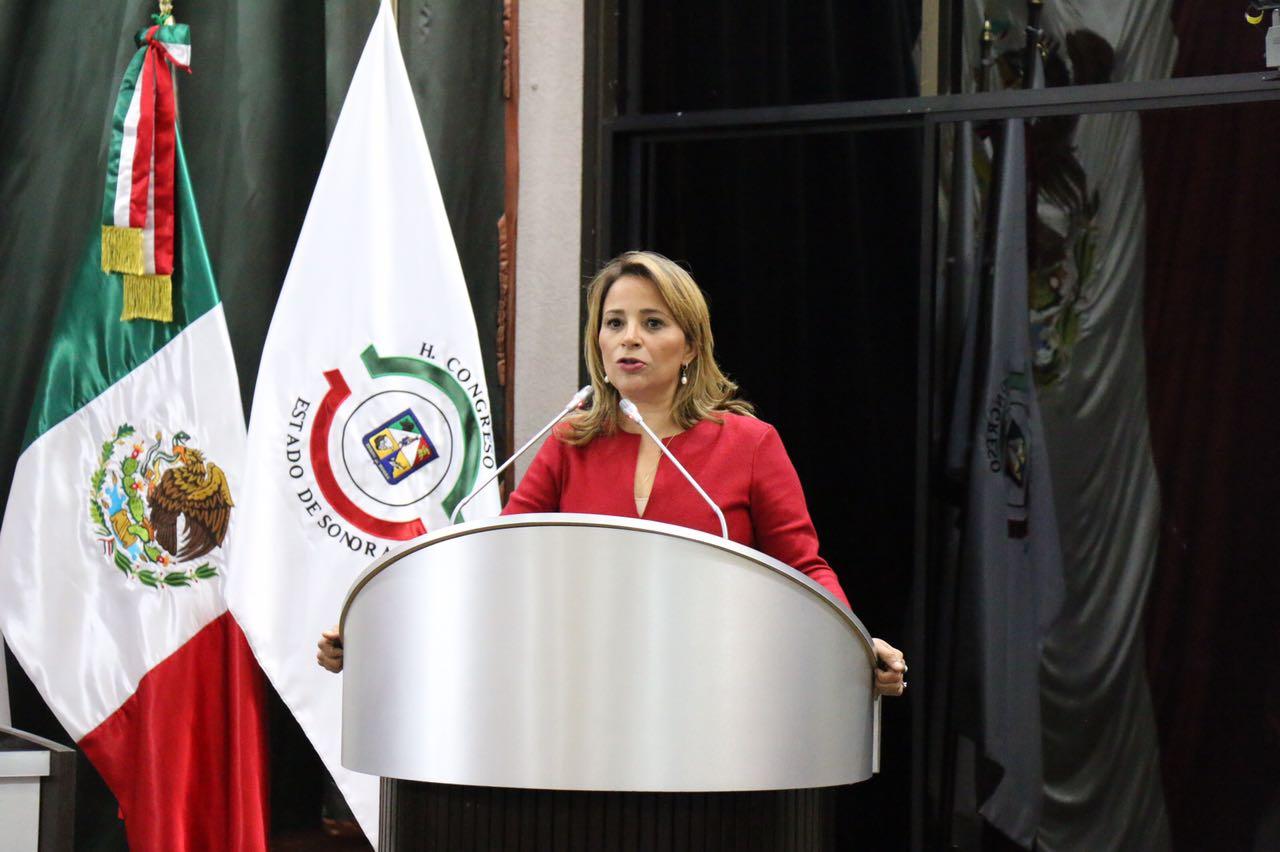 Resultado de imagen para UNIDAD NACIONAL, FORTALEZA DE MÉXICO: FLOR AYALA