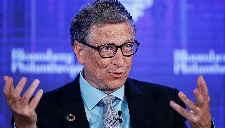 Bill Gates ahora usa Android, seguramente un Samsung Galaxy S8 Microsoft Edition