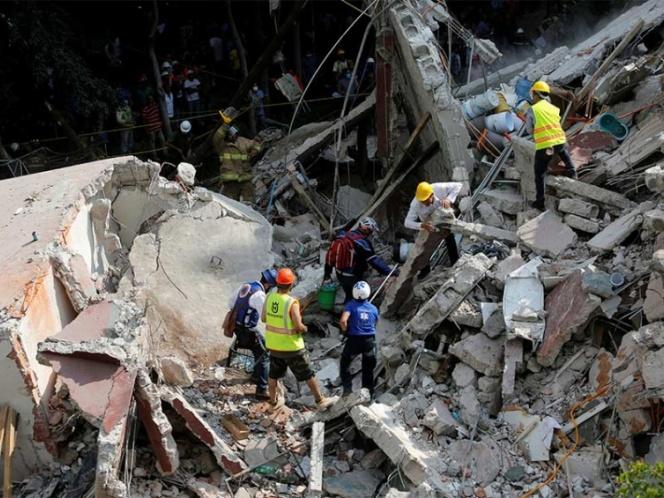 Suman 138 muertos por sismo en México — Protección Civil