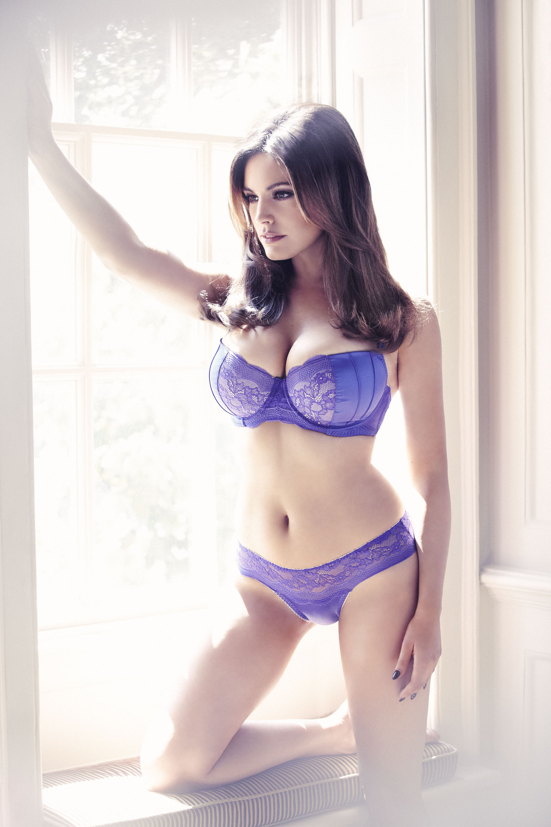 Nuevo look de Kelly Brook